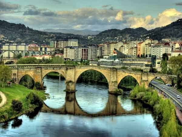 Puente Viejo de Orense visitar en un día - Ilutravel.com
