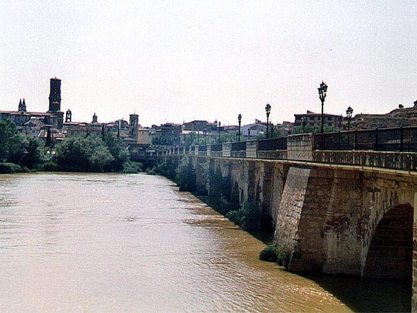Puente del Ebro de Tudela - Ver Tudela de turismo - Ilutravel.com