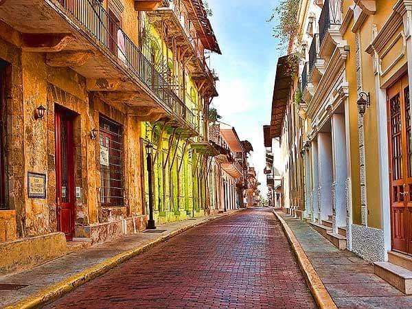 San Felipe Panama City - Visitar Panama City haciendo turismo - Ilutravel.com