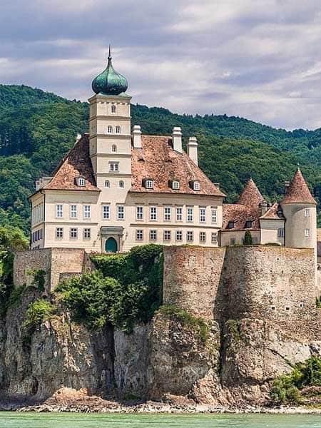 Schloss Schönbühel Melk - Turismo por Melk en un día o más - Ilutravel.com
