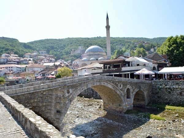 Sinan Pasha Mosque Prizren - Lugares que ver en PRizren en un día - Ilutravel.com