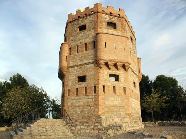 Torre Monreal de Tudela - Sitios que visitar en Tudela - Ilutravel.com