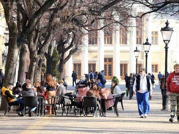 Trg Republike Subotica - Que ver en Subotica de turismo - Ilutravel.com