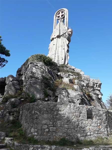 Virgen de la Roca Baiona - Lugares que ver en Baiona - Ilutravel.com