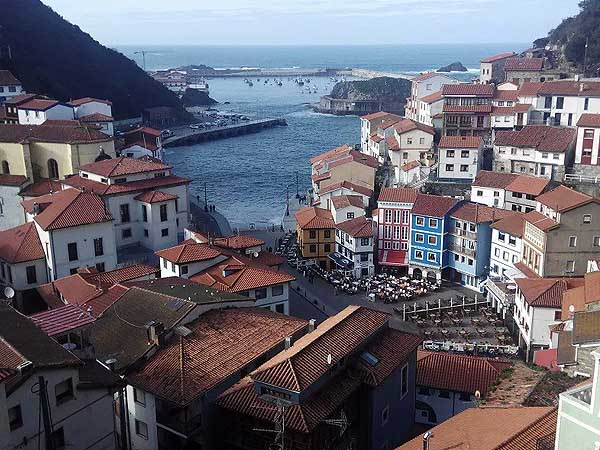Vistas de Cudillero desde Mirador La Atalaya - Turismo en Cudillero lugares de interés - Ilutravel.com