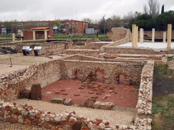 Yacimiento de Complutum de Alcalá de Henares - Sitio que ver en Alcalá de Henares - Ilutravel.com