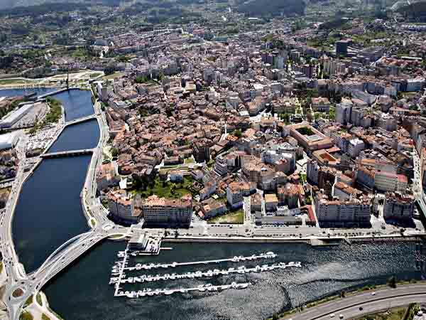 Pontevedra foto aérea - Sitios para visitar en Pontevedra capital y cosas de la provincia - Ilutravel.com