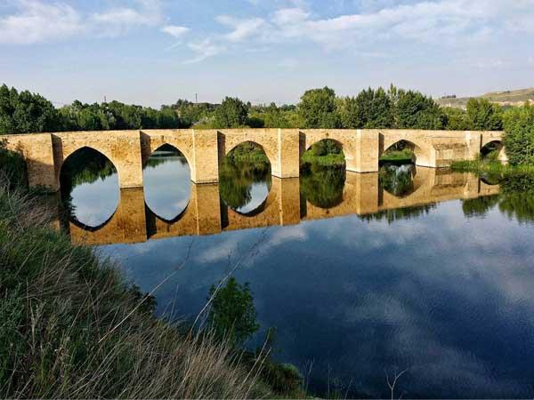 puente de Briñas en Haro - Todo para viajar a Haro en La Rioja Alta - Ilutravel.com